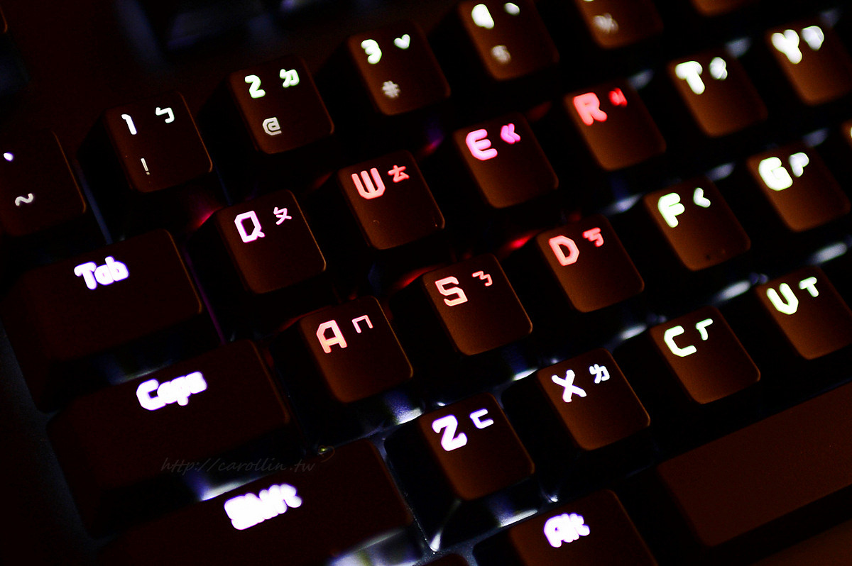 EG 藝極 DEFIANT 戰魔者機械鍵盤