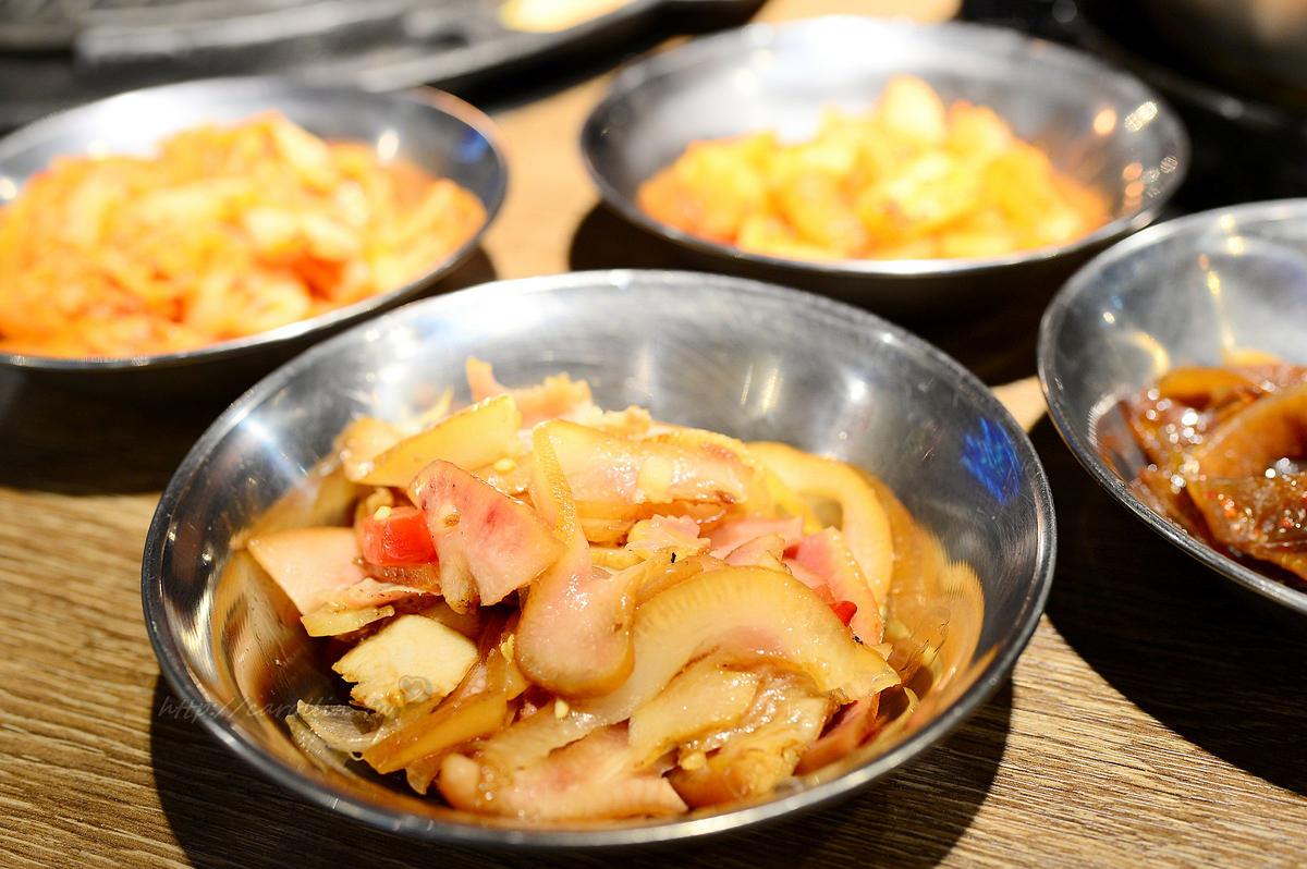韓老大 韓式烤肉 海鮮九層塔 東區韓式料理餐廳