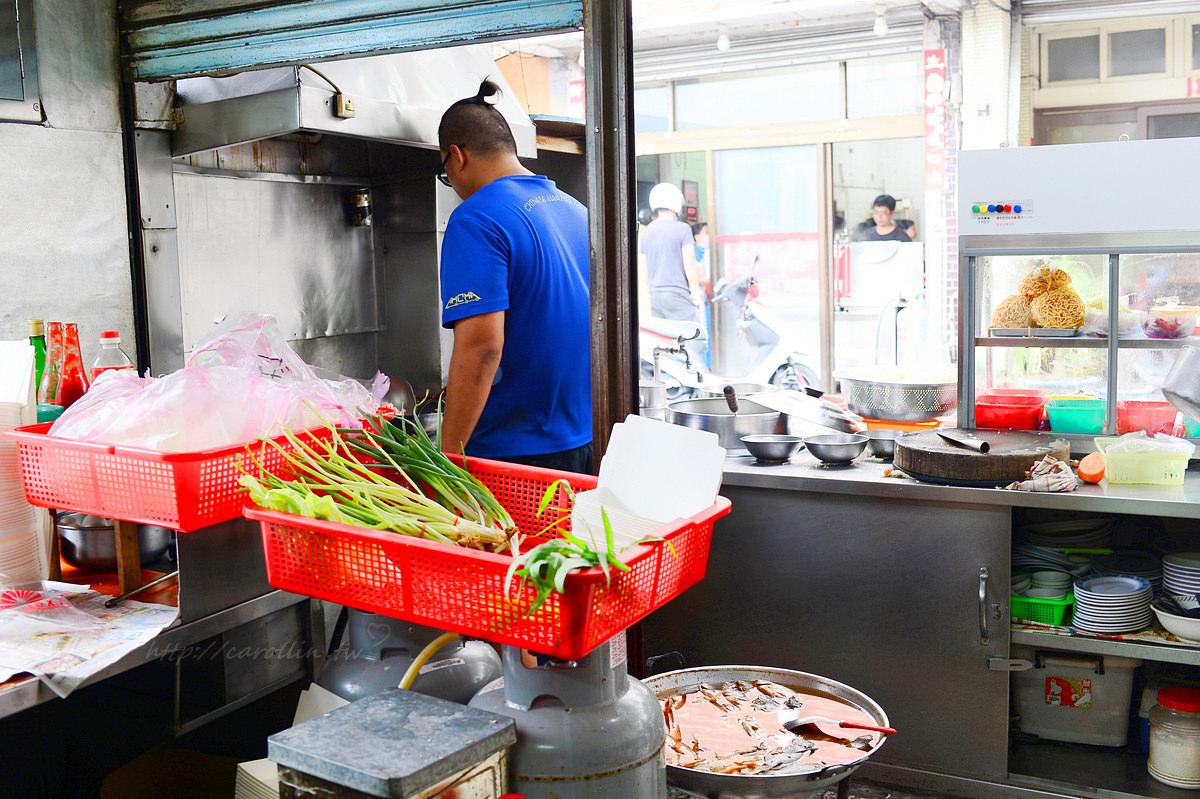 台南灣裡黃金商圈 忠和麵店