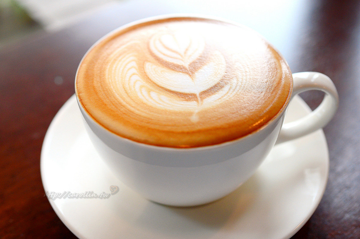宜蘭 礁溪好吃下午茶推薦 文鳥公寓咖啡店 拿鐵