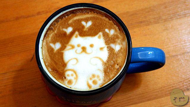 【美食】台中。《這裡有貓 cafe》超可愛貓拉花!咖啡輕食下午茶店