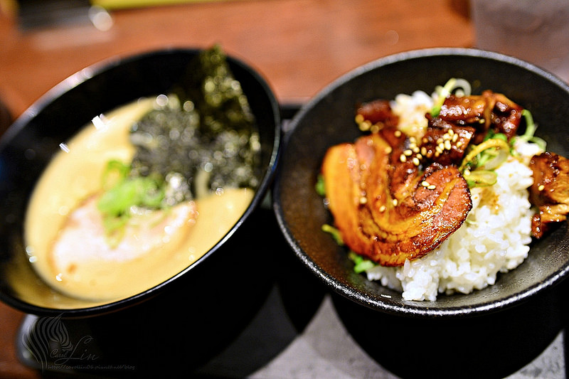 【美食】東京自由行。池袋《光麵本格中華麵店 kohmen》營業時間長的人氣連鎖拉麵店