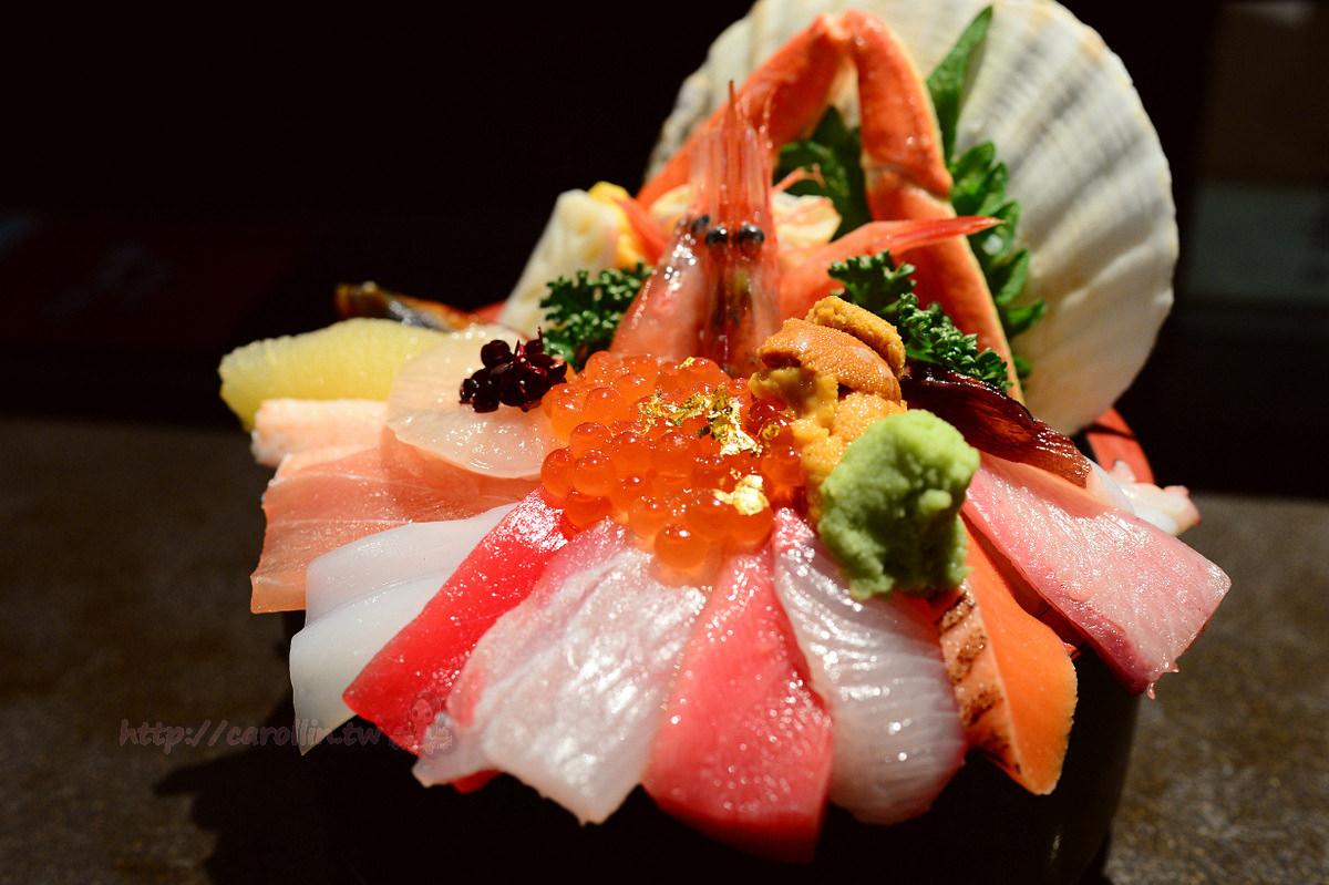高山北陸美食|金澤 近江市場《山さん寿司》好吃生魚片海鮮丼飯 握壽司推薦