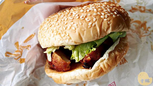 【美食】沖繩自由行。《A&W Restaurants》All American Food 美式漢堡速食連鎖餐廳