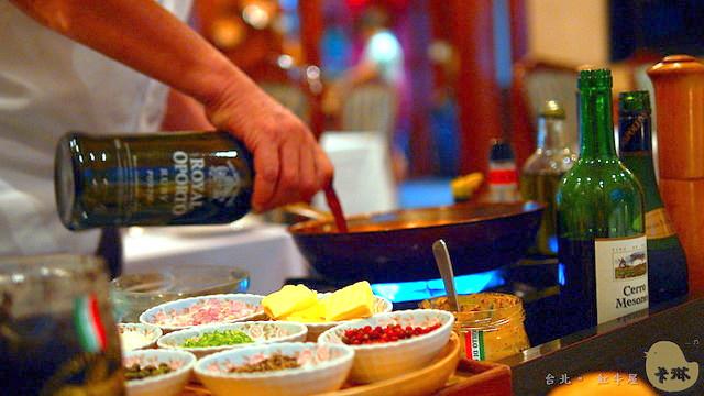 【美食】台北。文山區《紅牛屋》木柵巷弄 隱密的高品質美味 法式宮廷桌邊料理餐廳推薦
