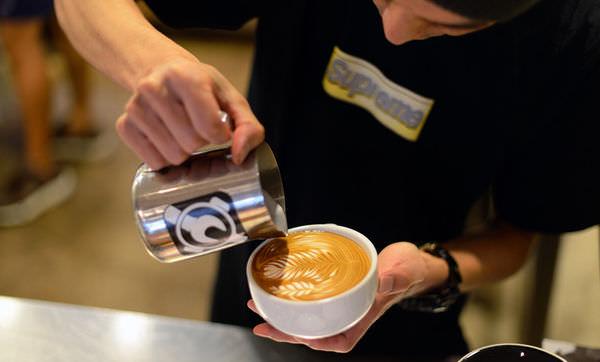 【咖啡】東京自由行。渋谷澀谷區《STREAMER COFFEE COMPANY》世界拉花冠軍澤田洋史的咖啡店