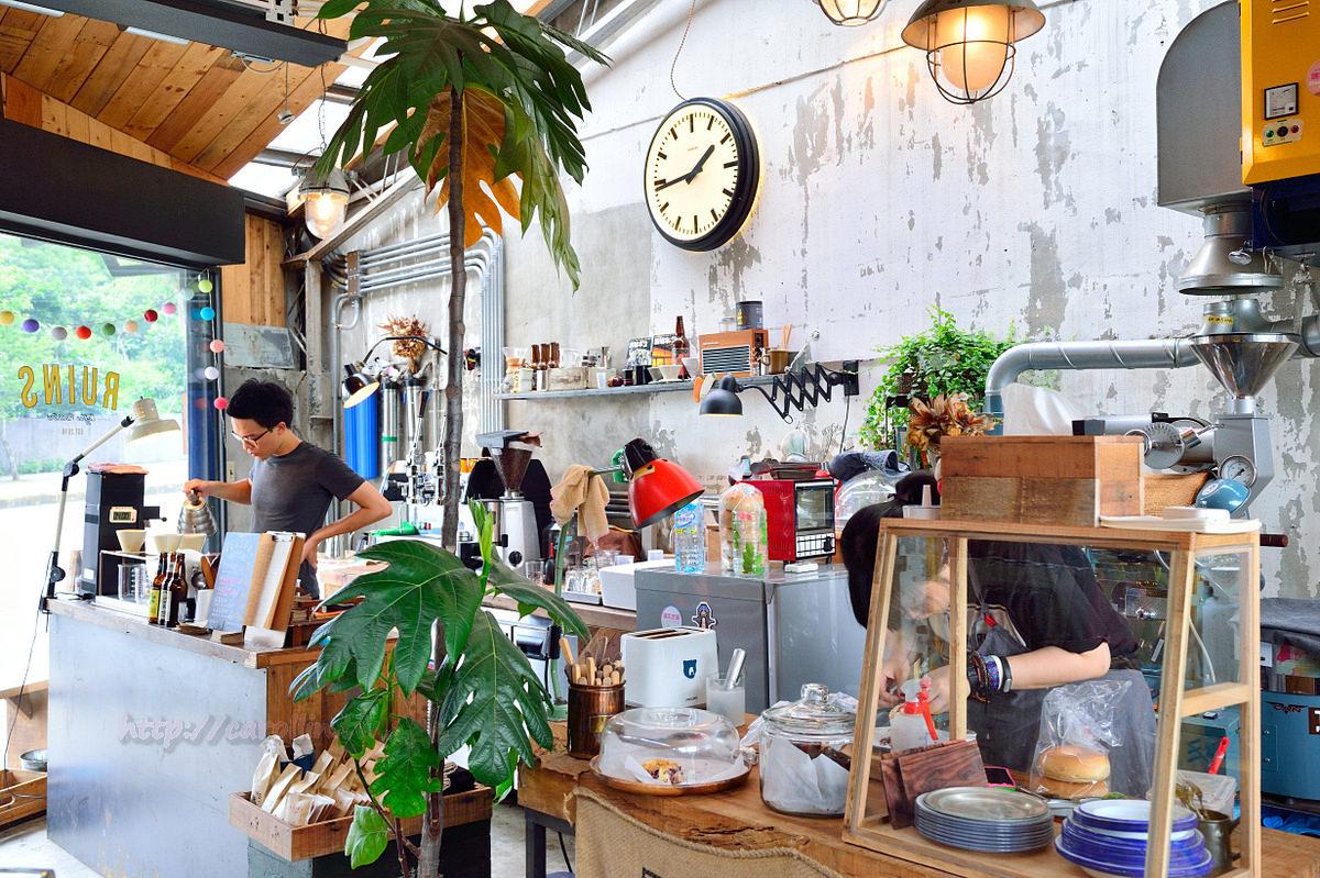 台北美食 | 文山木柵《Ruins Coffee Roasters》小廢墟咖啡館 與時空對話的老屋美學
