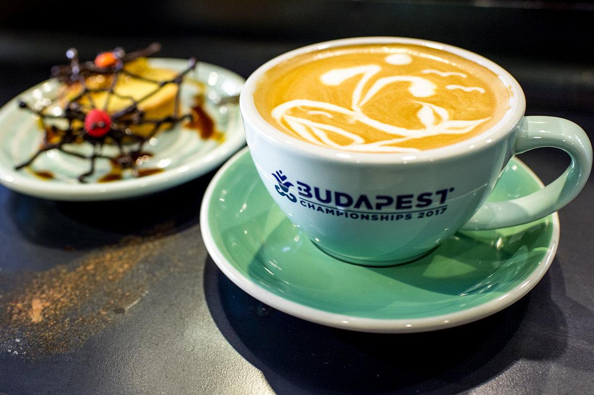 台南美食 | 中西區 艾咖啡 ALFEE COFFEE – 拉花冠軍 自家烘焙咖啡館