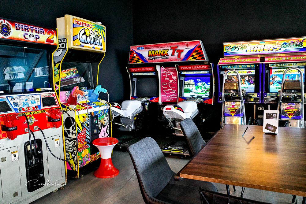 台北淡水美食 | MEGABIT BISTRO電玩餐酒館 – 遊戲機台,Switch,紅白機大亂鬥,下雨天的約會餐廳