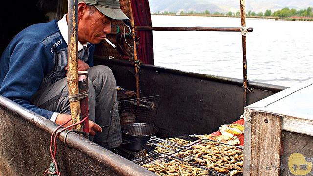 【旅遊】雲南自由行。麗江《拉市海濕地保護區》好山好水好愜意