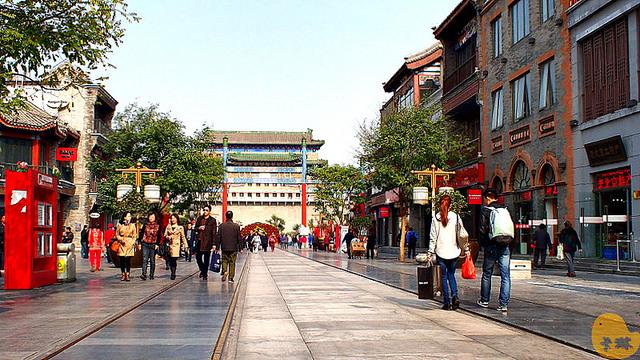 【旅遊】北京自由行。逛街購物吃飯《前門大街》商業步行街