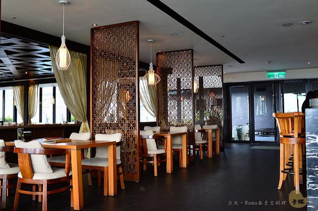 【美食】台北。信義區《Rama泰皇室料理》泰國料理 x 景觀餐廳 x 酒吧