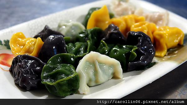 【美食】基隆。八斗子《藻遍海餃》特色彩色海鮮水餃 (歇業)