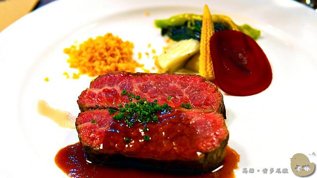 【美食】高雄。《安多尼歐水岸歐式美食藝術》愛河河畔浪漫西餐廳