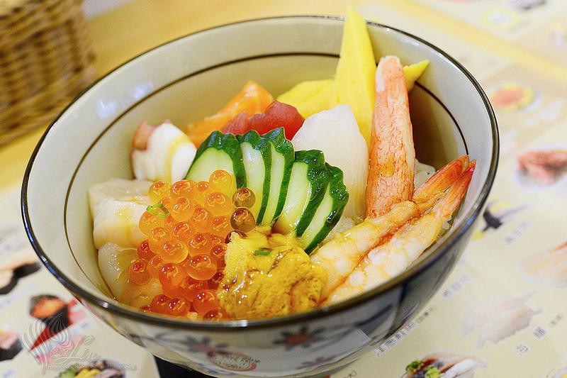 【美食】新北市。中和區《SUSHI EXPRESS 喜華迴轉壽司》海鮮丼飯 x 蓋飯 x 日本料理