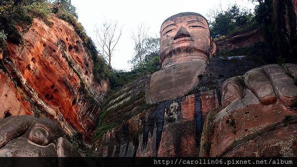 【旅遊】四川自由行。成都必訪景點!《樂山大佛 》世界最大歷史佛像