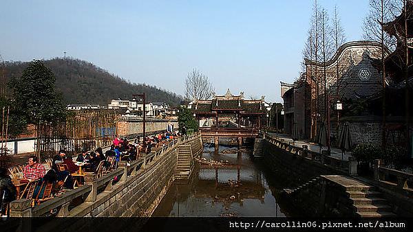 【旅遊】四川自由行。成都《街子古鎮》地震重創重建的古鎮