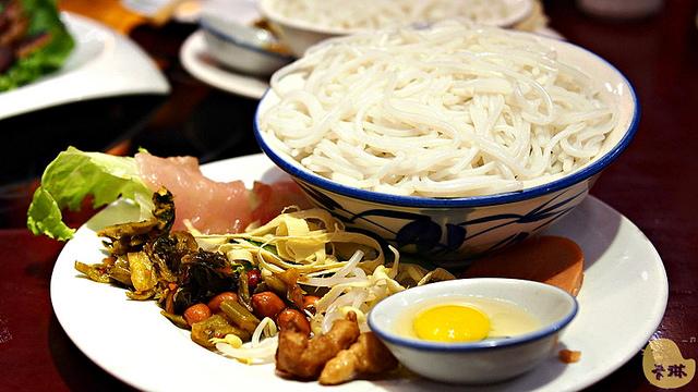 【美食】雲南自由行。大研古鎮《藍木瓜餐館》麗江納西族風味菜