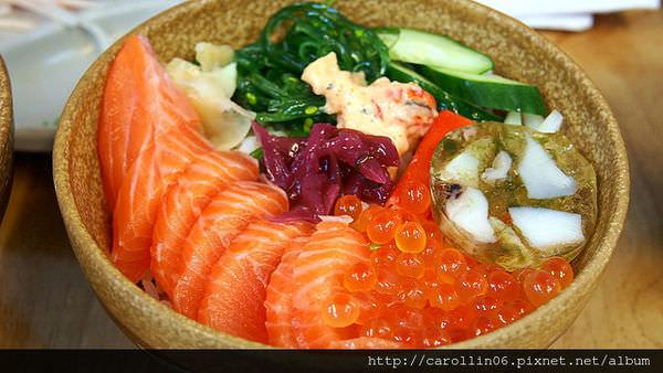 【美食】新北市。永和區《國屏超低溫生魚片》平價海鮮丼飯推薦!