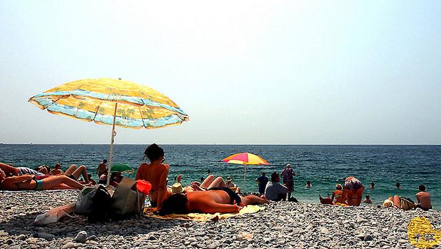 【旅遊】法國自由行。南法《尼斯 Nice》感受市井生活海灘慵懶氣息